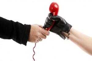Что делать, если коллекторы звонят по чужому долгу или кредиту?