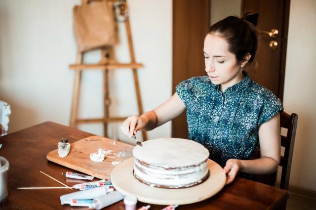 Как заработать в декрете: выпечка тортов на заказ