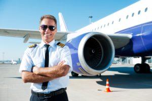 сколько получают пилоты пассажирских самолетов и вертолетов